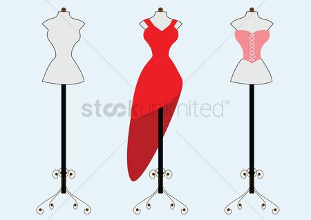 葡萄收获期 : Red dress and corset on mannequins