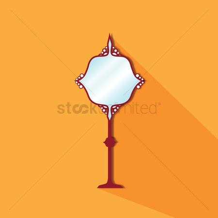 葡萄收获期 : Standing mirror on orange background