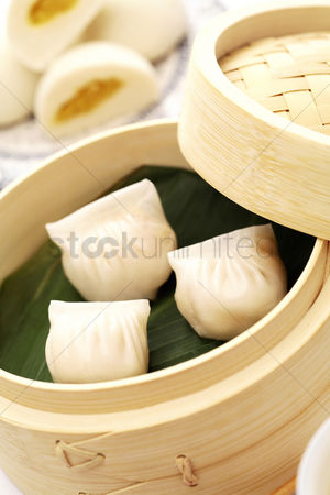食物 : Steamed prawn dumplings