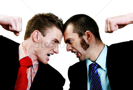 业务 : Two businessmen arguing
